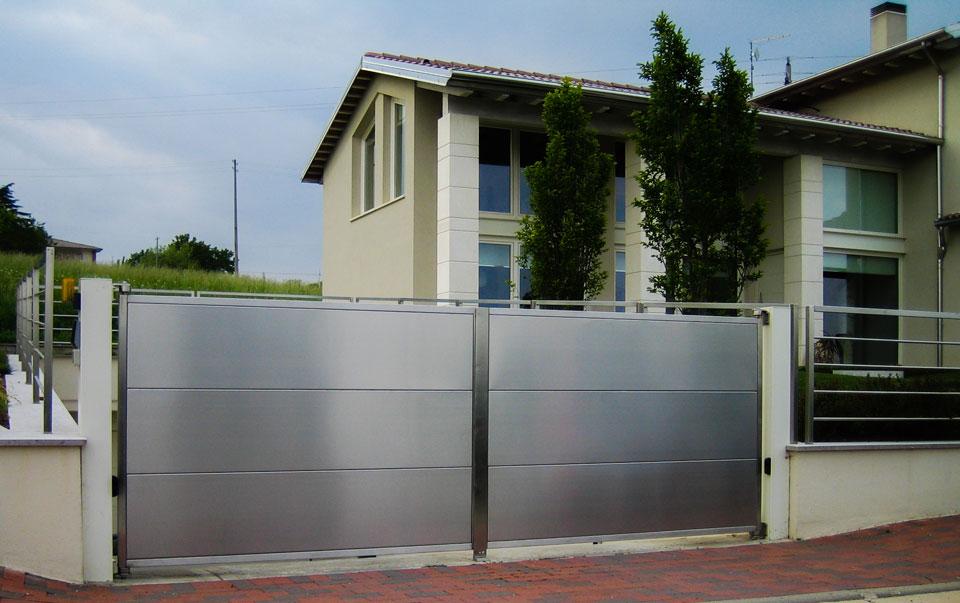Cancelli In Acciaio Inox.Cancello Automativo Acciaio Inox Dea Metal Design